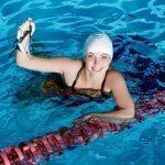 Uinti on loistava tapa polttaa kaloreita ja muokata kehoa – tiesitkö nämä faktat uimisesta?