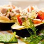 Avokado sopii jopa grilliin! Tiesitkö näitä käyttötapoja?