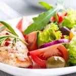 Ruokavalion muuttaminen terveellisemmäksi kannattaa keski-iässäkin