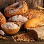 Nämä vaaleat leivät ovat kuitupommeja – Kuluttajaliiton vertailu paljastaa