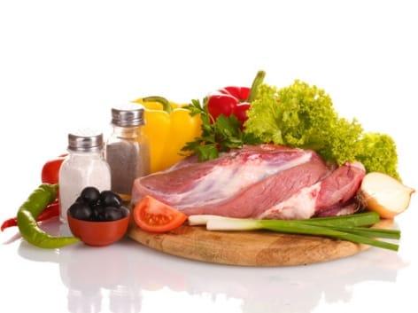 Enemmän kasviksia, vähemmän lihaa – Tällaisia muutoksia ravitsemussuosituksiin on luvassa