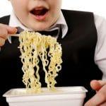 Jopa kaksi kolmesta vaikeasti lihavasta lapsesta kärsii sydänsairauksien riskitekijöistä