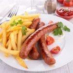 Tutkimus: Miehet sietävät rasvaista ruokaa huonommin kuin naiset