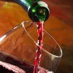 Kuulutko riskiryhmään? Jo näin pieni määrä alkoholia uhkaa terveyttäsi
